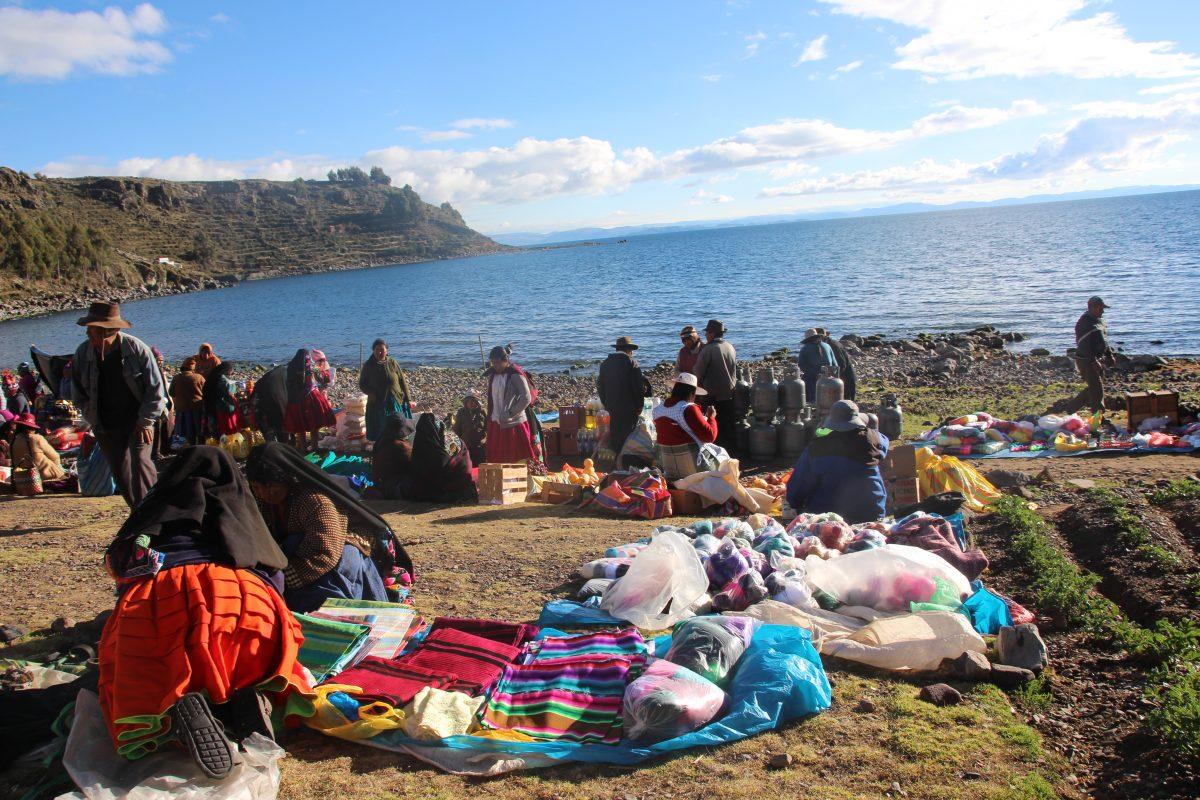 Puno viaje a Peru con niños
